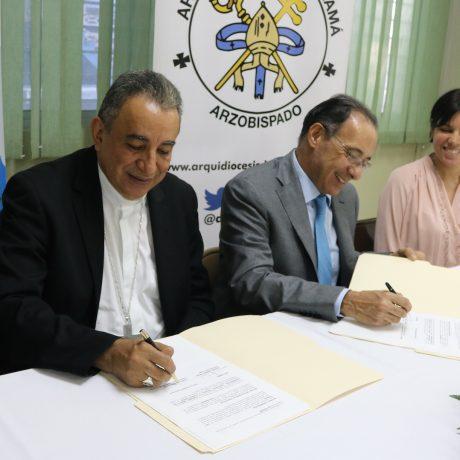 Firma del Convenio  de Cooperación, Asistencia Técnica y Consultoría entre la Arquidiócesis de Panamá y Cemento Bayano, S.A.