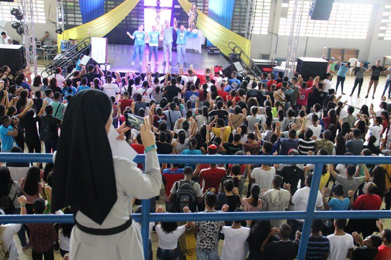 """""""Necesitamos una Iglesia renovada por el espíritu juvenil"""""""